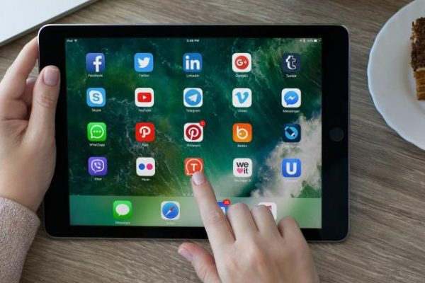 How to install iPad apps using ZuluDesk